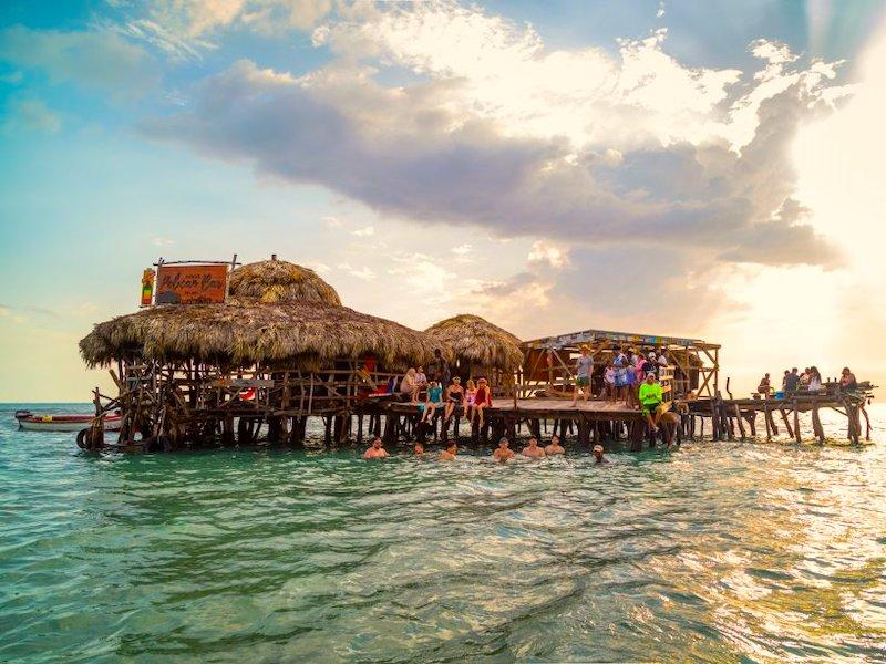 Treasure Beach Jamaika Pelican Bar